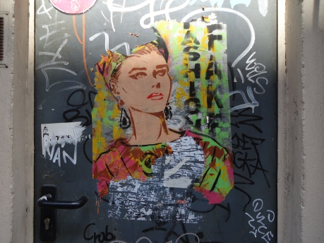 Barcelona Street Art - Fashion - Amy Polansky